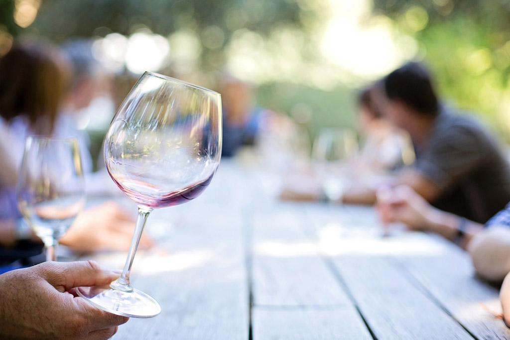 wine-tasting-montepulciano